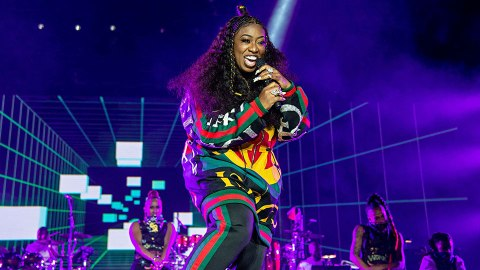 We're In Love With Missy Elliott's Electric Music Video For 'Throw It Back' | StyleCaster