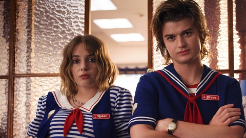 Steve & Robin's Relationship Originally Looked Very Different In 'Stranger Things' | StyleCaster