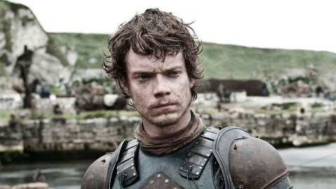 'Game of Thrones' Once Pranked This Actor With Fake Scripts— But The Joke Was On Them | StyleCaster