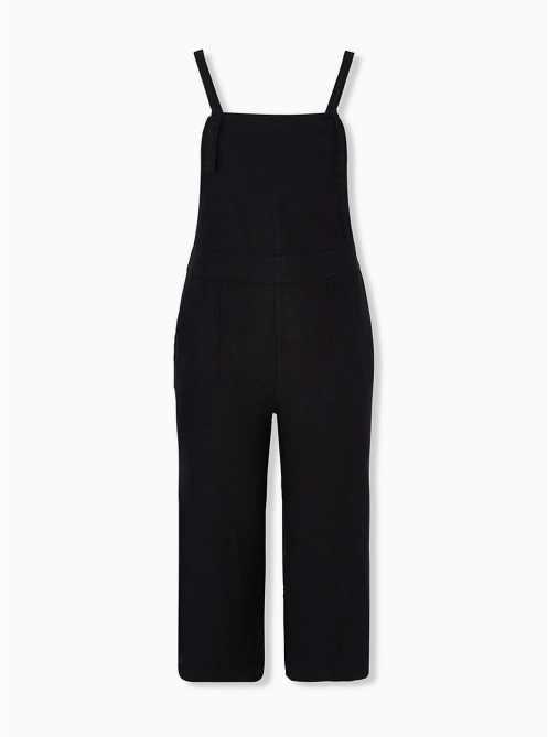STYLECASTER | Summer Minimalist Outfits | black overalls
