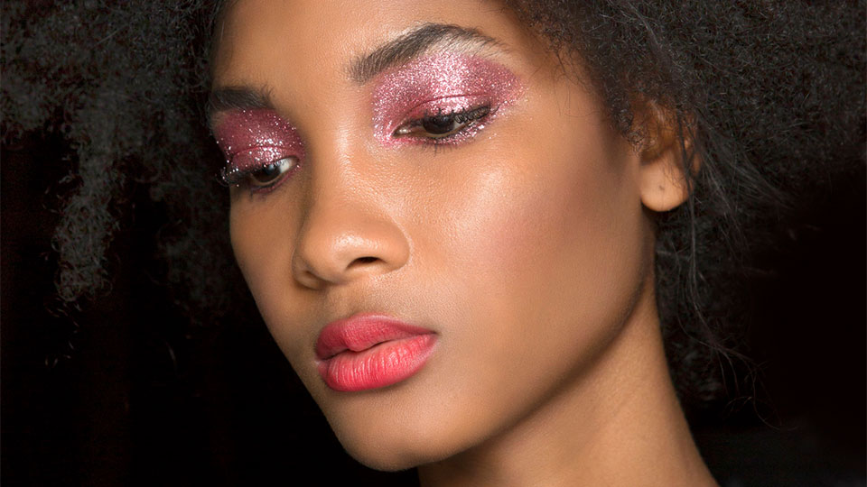 I Asked a MAC Senior Artist About 2020 Makeup Trends and You'll Love Her Answer