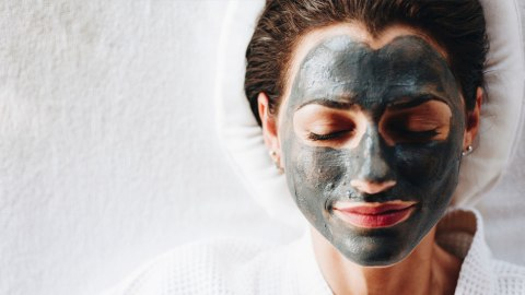 The Most Satisfying Charcoal Masks to Unclog Pores | StyleCaster