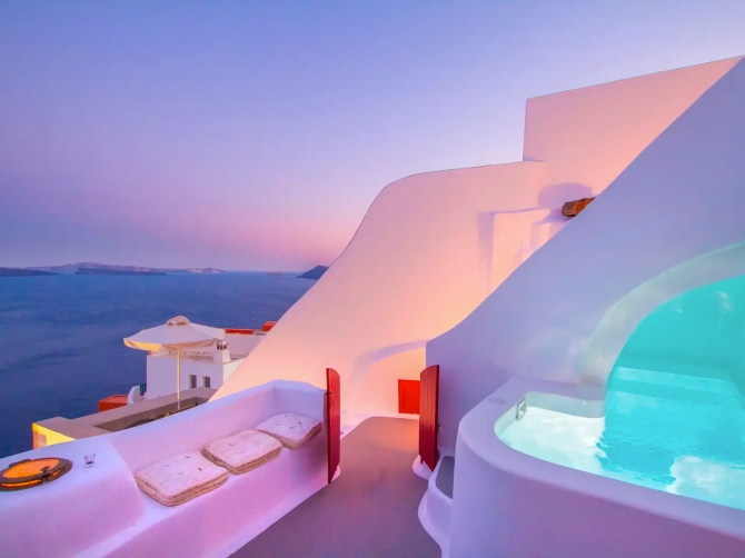 STYLECASTER   The Most Amazing Luxury Airbnbs To Daydream About