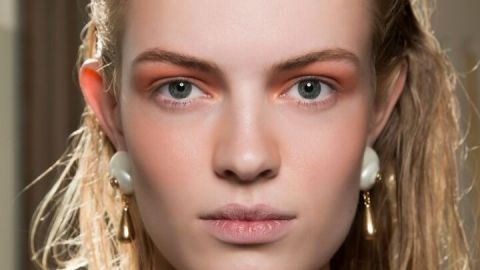 The Hottest Mandarin Orange Makeup to Spice Up Your Fall | StyleCaster
