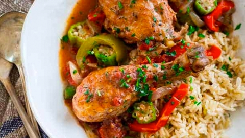 16 Classic Southern Dishes You Can Make in a Slow-Cooker | StyleCaster