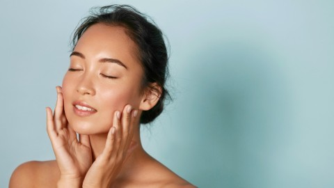 The Best Mattifying Moisturizers for Toning Down Oily Skin   StyleCaster