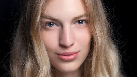 The Best Shampoo For Dry and Damaged Hair | StyleCaster