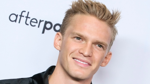 So...We're Super Convinced That Cody Simpson's New Song Is About Miley Cyrus | StyleCaster