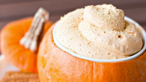 17 Halloween-Themed Party Dips You Can Serve in a Pumpkin | StyleCaster