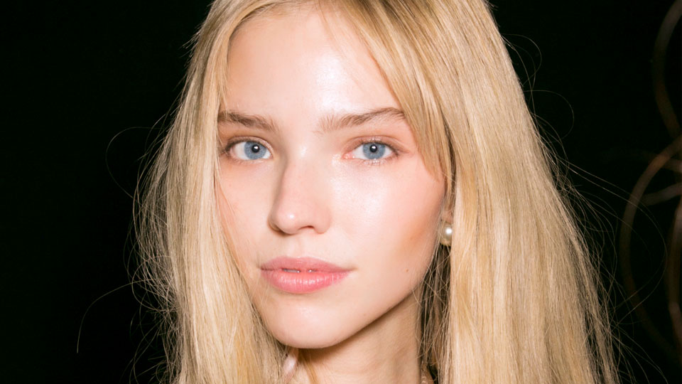 Our Favorite Lip Products For an Instantly Plumped Pout Without Fillers   StyleCaster
