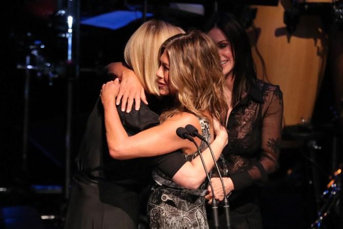 aniston cox kudrow friends reunion Jennifer Aniston Has Already Dealt With FOMO & An Ex Reaching Out On Instagram