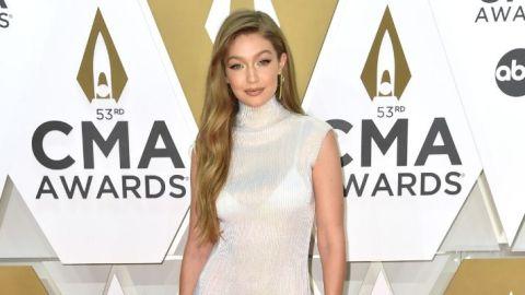 Gigi Hadid Gold Eyeshadow Should Have Won a CMA Award | StyleCaster