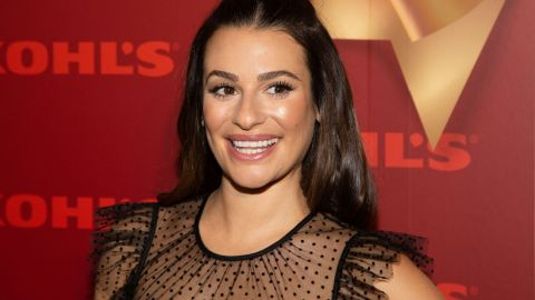 Lea Michele's Velvet Hair Bow Is Officially Your Next Holiday Party Look   StyleCaster