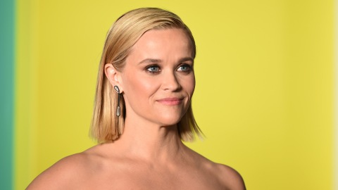 Reese Witherspoon's Adorable Fall Outfit Is So Easy to Recreate | StyleCaster