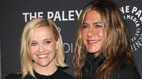 Jennifer Aniston & Reese Witherspoon Played 'Friends' Trivia & It's Nostalgic Gold | StyleCaster