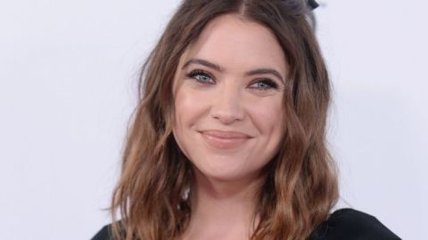 """Ashley Benson Just Debuted """"The Bobson"""" and It's Gorgeous 