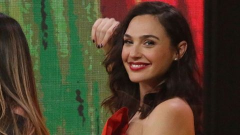 Gal Gadot's Perfect Red Lipstick Costs Less Than $10 | StyleCaster