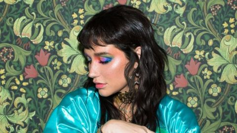 Kesha Rose Beauty's First Eyeshadow Palette Is Extra AF | StyleCaster