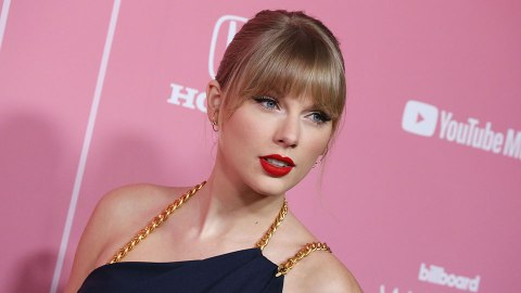 Taylor Swift Slams Toxic Masculinity (Ahem, Scooter Braun) As 'Woman Of The Decade' | StyleCaster