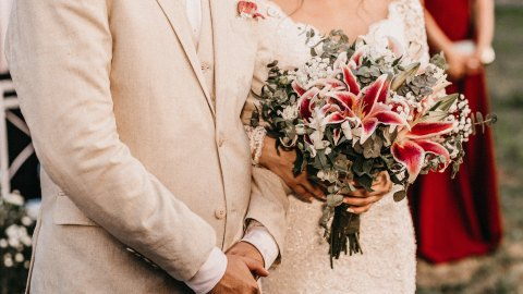 All the 2020 Wedding Flower Trends, According to Experts | StyleCaster