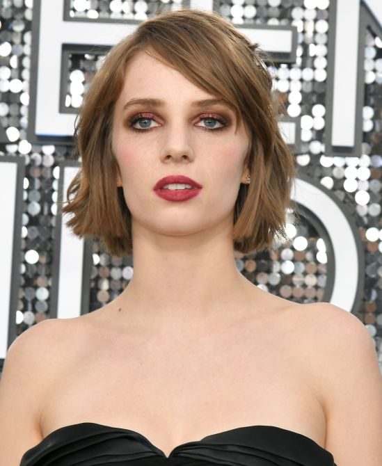 2020 sag awards maya hawke Award Season Is Here and These are the Standout Beauty Moments in 2020 So Far