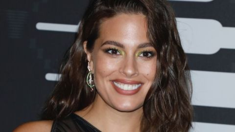 Ashley Graham's First Nude Post-Pregnancy Selfie Is Pure Unfiltered Goodness | StyleCaster
