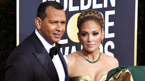 Alex Rodriguez Was #FiancéGoals After Jennifer Lopez Lost Her Golden Globe | StyleCaster