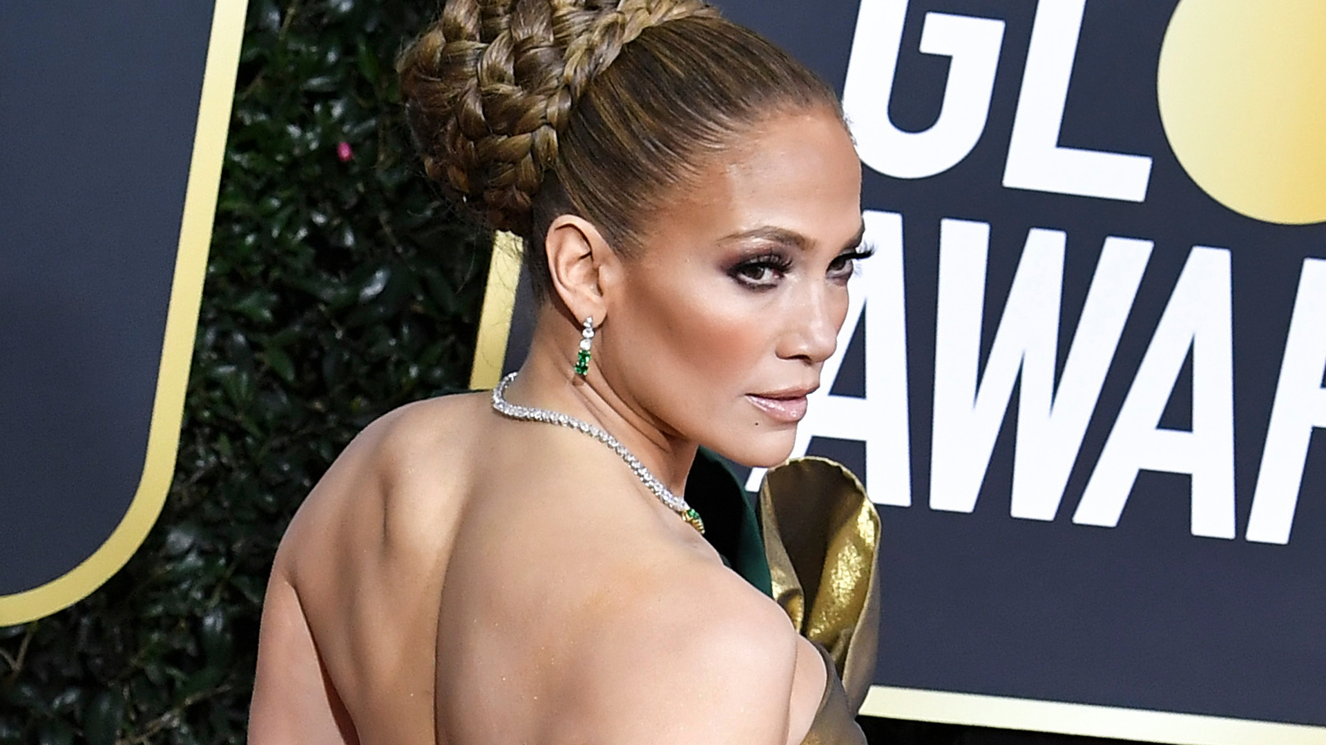 Jennifer Lopez's Golden Globes Dress Is Truly a Gift—Maybe Even Literally