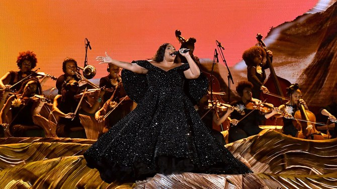 Lizzo-Grammys-2020-Performance