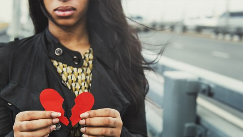 Non-Cheesy Books That Will Help You Get Through a Rough Breakup | StyleCaster