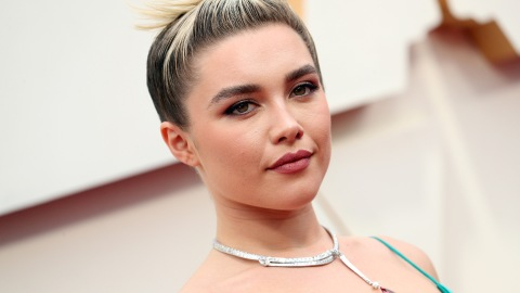 Florence Pugh's First Ever Oscars Look Is Louis Vuitton and Absolutely Stunning | StyleCaster