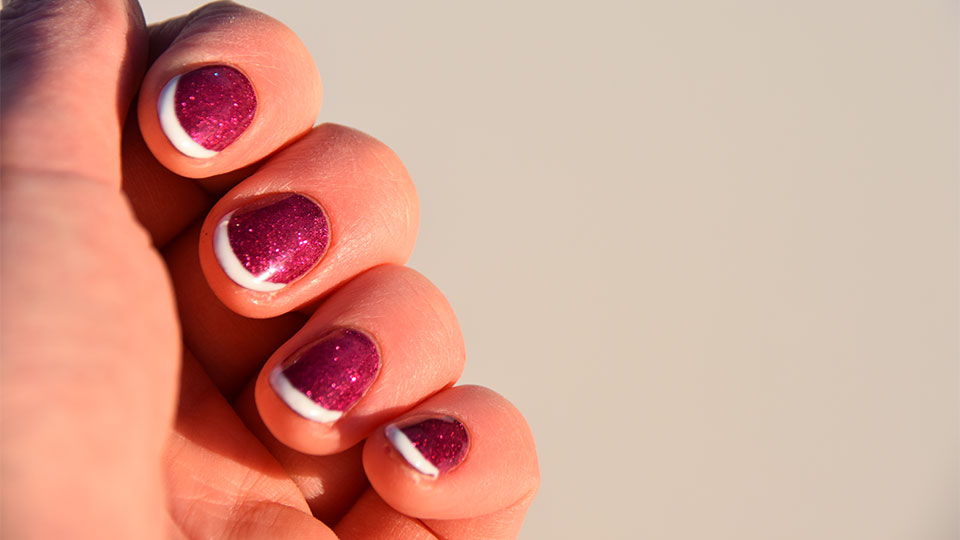 The Updated French Manicure is Even Better With Glitter—Here's Plenty of Proof