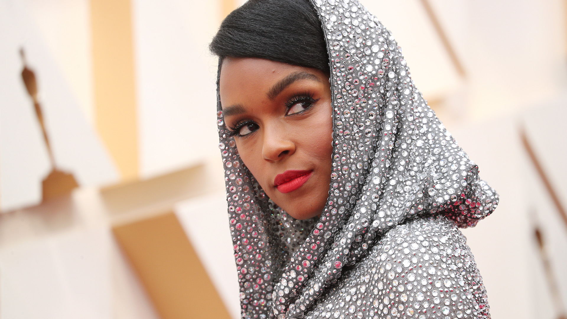 Janelle Monae Tucked Away Her Hair Accessories to Serve Nothing But Face at the Oscars