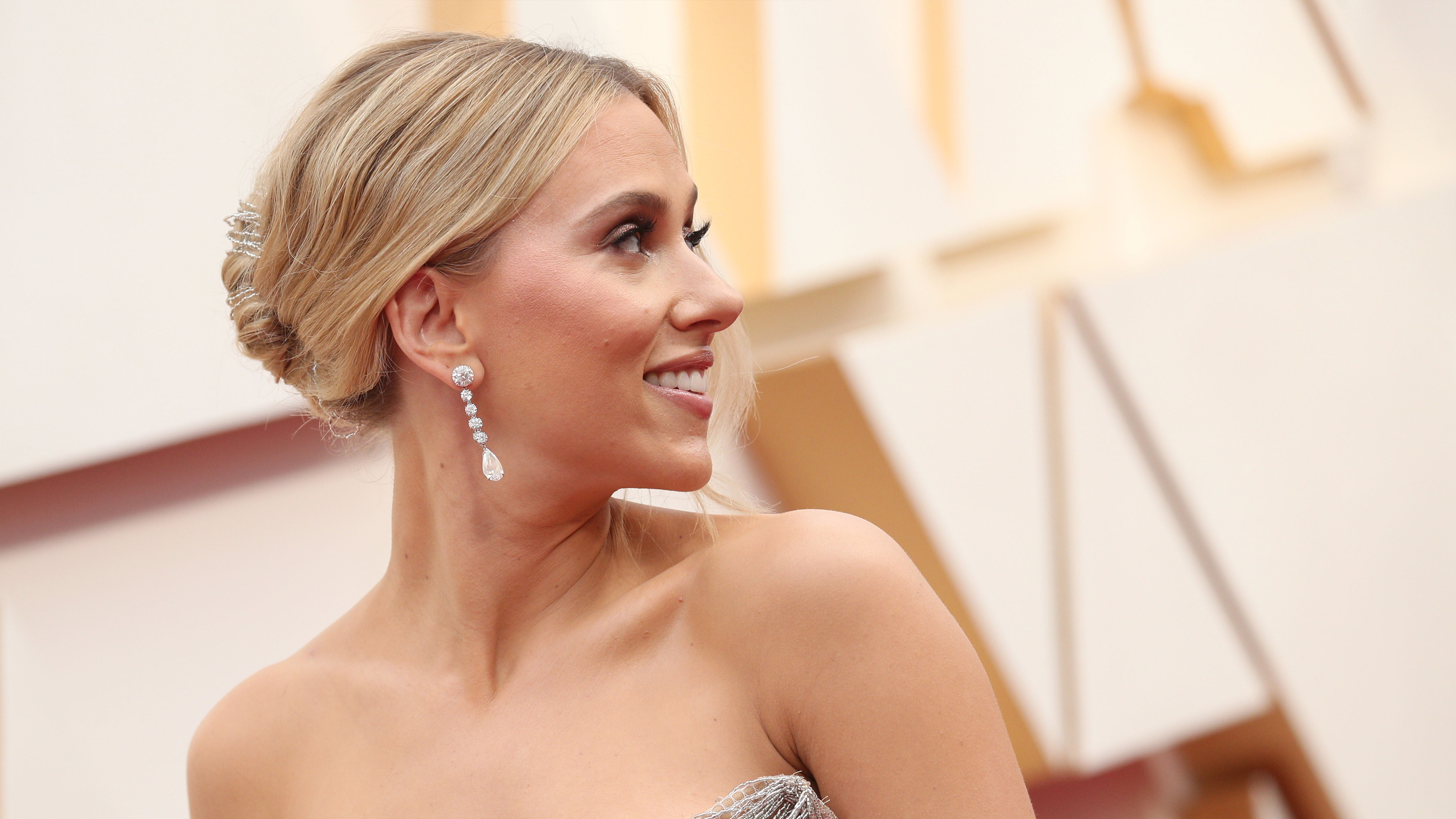 Scarlett Johansson's Chic Tin Man Oscars Look Shows Off Her Tattoo