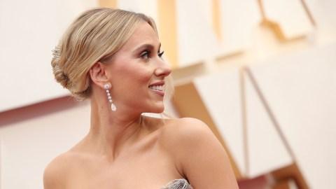 Scarlett Johansson's Chic Tin Man Oscars Look Shows Off Her Tattoo Yet Again | StyleCaster
