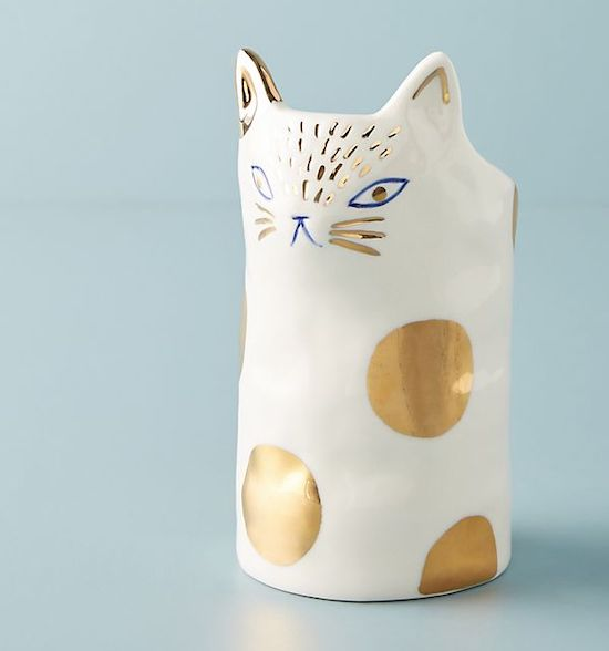 STYLECASTER | Cheap Gifts for Friends | cat planter