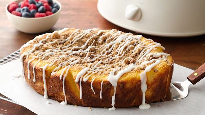 STYLECASTER | Slow-Cooker Dessert Recipes | coffee cake