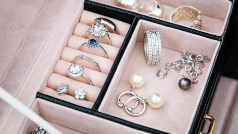 Chic & Clever Jewelry Boxes to Properly Organize Your Accessories | StyleCaster