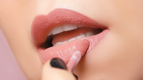 The Best Liquid Lipsticks That *Literally* Last All Day | StyleCaster