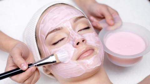Retinol-Infused Face Masks to Brighten & Smooth Without Irritation | StyleCaster