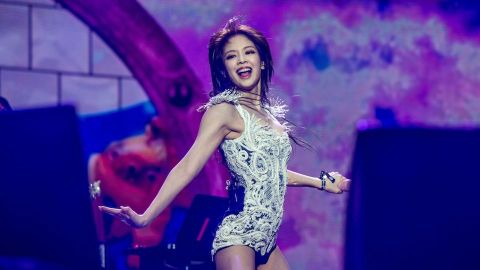 BLINKs, Take Notes—BLACKPINK's Jennie Revealed the Best Fan Gift She's Ever Received   StyleCaster