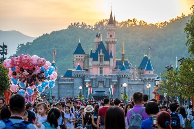 STYLECASTER | best zoom virtual backgrounds Disney world