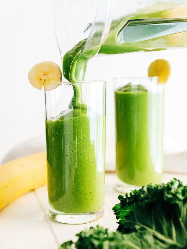 STYLECASTER | Superfood Smoothie Recipes | kale smoothies
