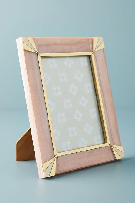 STYLECASTER | Graduation Gift Ideas 2020 | pink frame