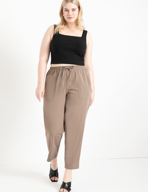 STYLECASTER | Eloquii Spring 2020 Sale | brown relaxed pants