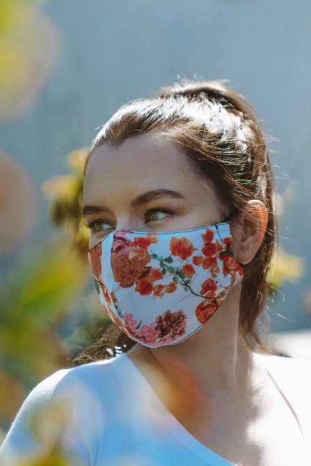 STYLECASTER | Best Cloth Face Masks Online | onzie floral face mask