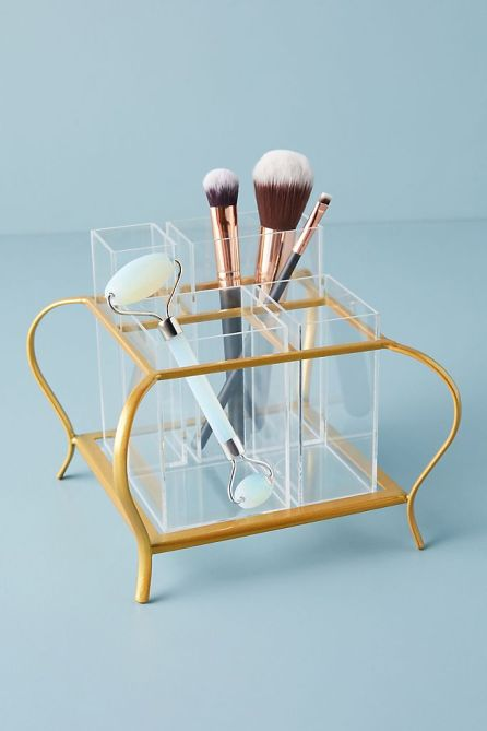 STYLECASTER | Graduation Gift Ideas 2020 | makeup holder