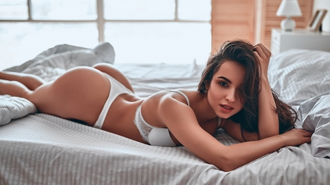 Belfies 101: A Beginner's Guide To Taking Seriously Hot Photos Of Your Butt   StyleCaster
