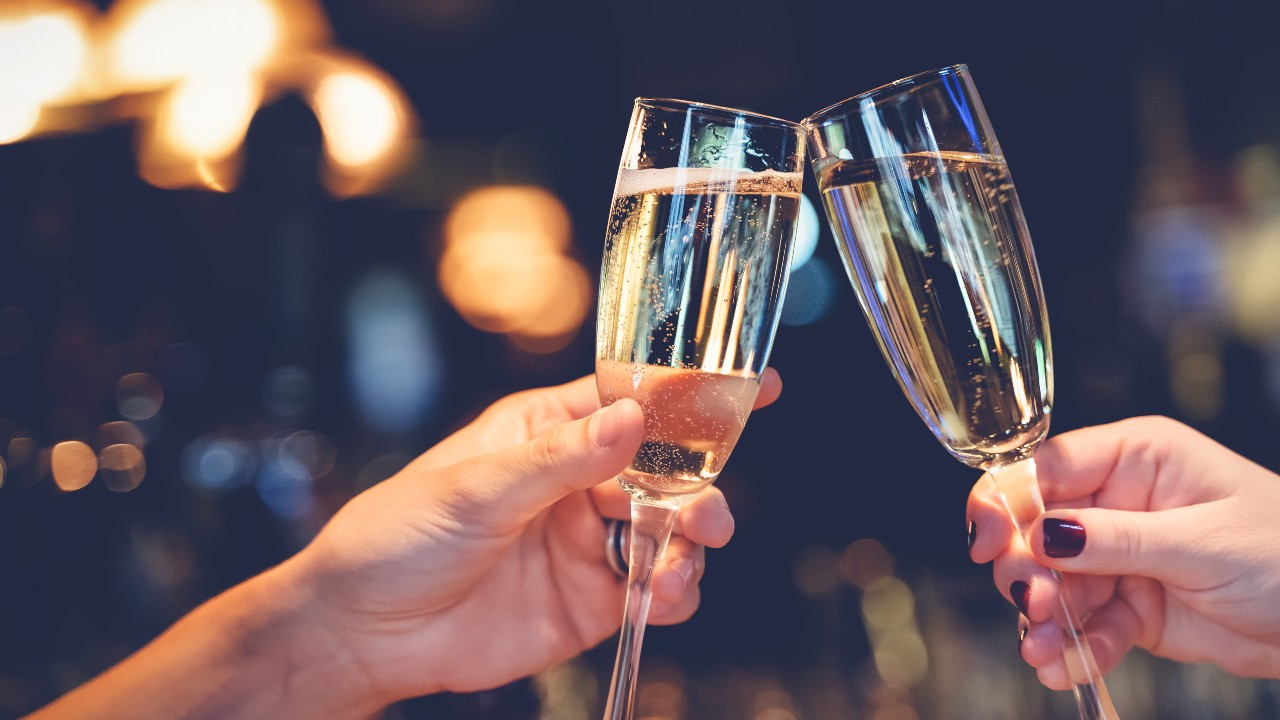 Non-Breakable Champagne Glasses That Are Something Worth Toasting To