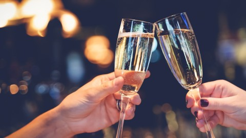Non-Breakable Champagne Glasses That Are Something Worth Toasting To | StyleCaster